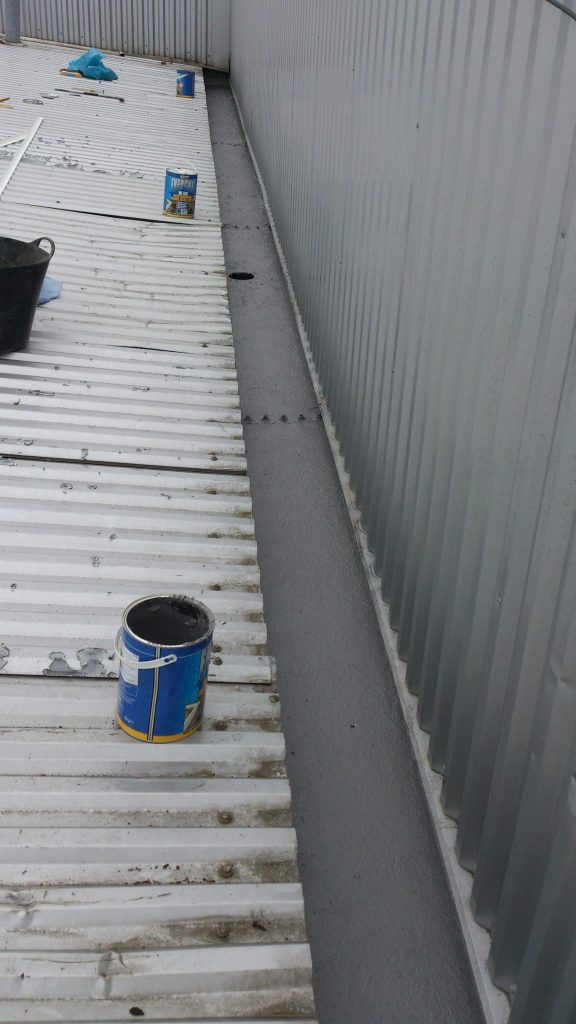 gutter-coated-with-fibreglass-resin